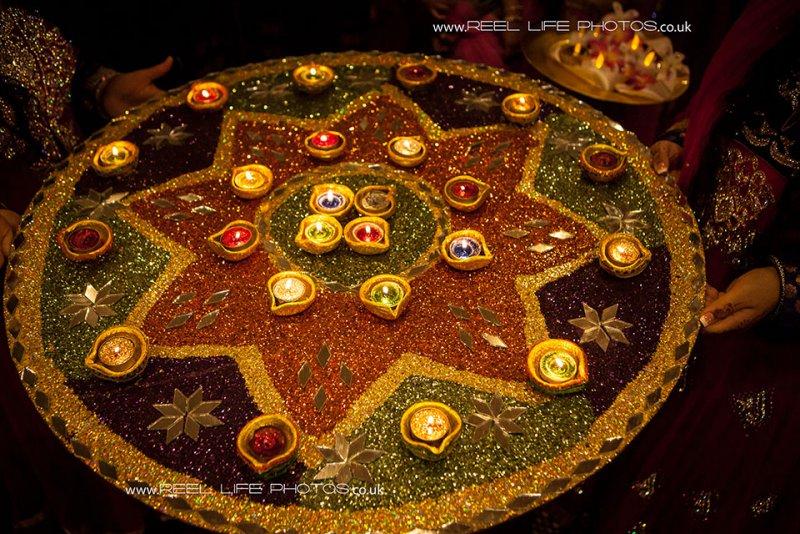 Mehndi Plates Images : Reel life photos